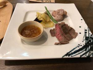 信州和牛と千代幻豚のステーキ